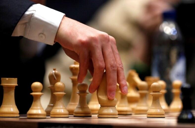 Satrançta Birkaç Hamleyle Nasıl Galip Gelinir?